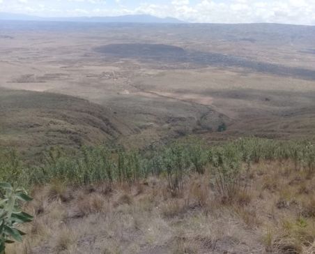 A picture of Mt. Longonot crater