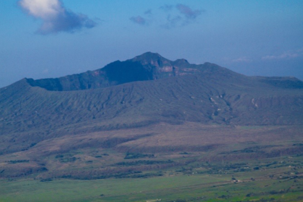 A view of the peak of Mount Longonot