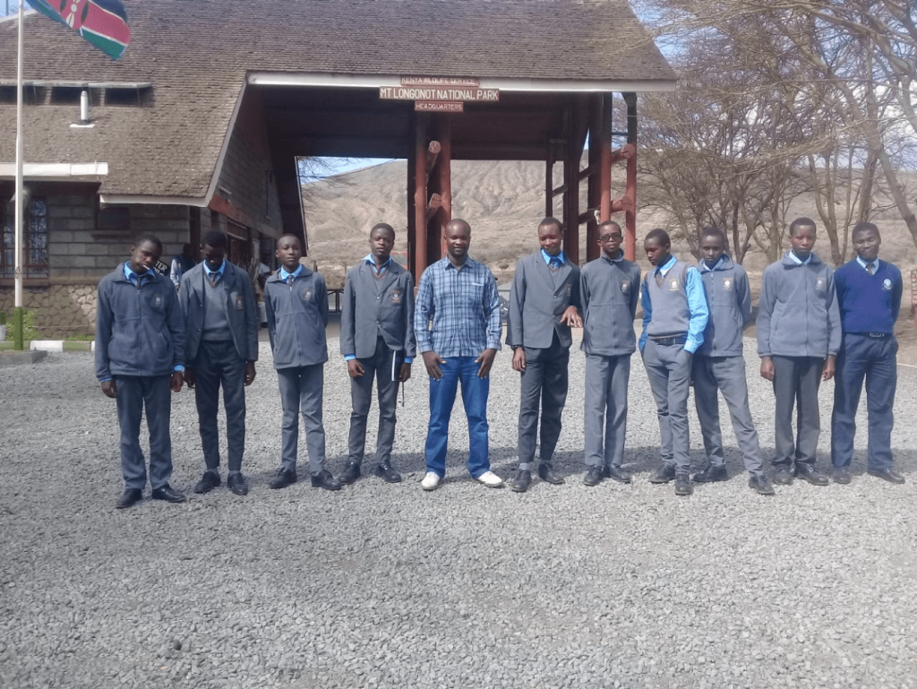 A second group of students at the gate of Mount Longonot game reserve